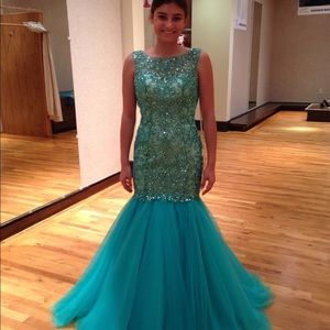 Madison James dress. Great for pageant or prom.